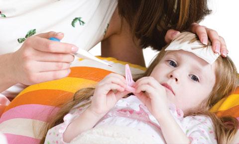 5 điều cần tránh khi chữa cảm cúm cho trẻ vào mùa đông